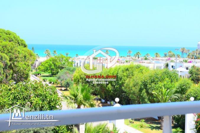 vacance juillet août Appartement s+2 rz elborj vue sur mer et pied dans l'eau