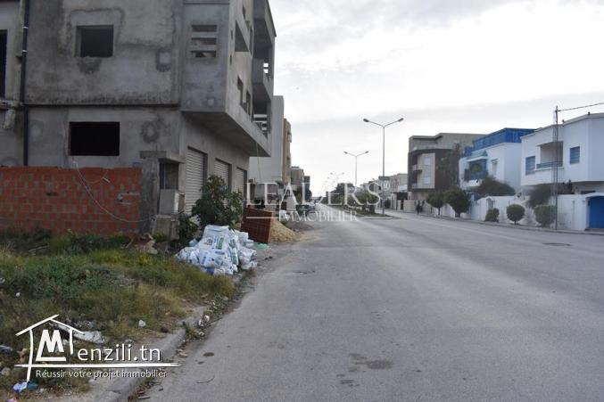 Terrain dans un emplacement stratégique a Borj Cedria