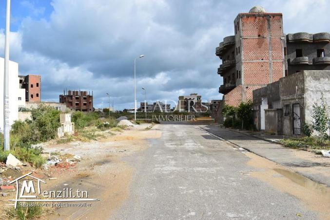 Maison inachevée a quelques mètres de la plage