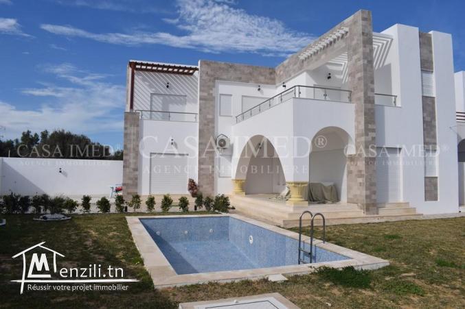 superbe villa de 500 m2 a vendre