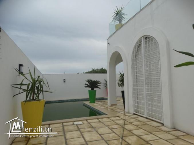 Villa CHRISTINE (Réf: V1113)