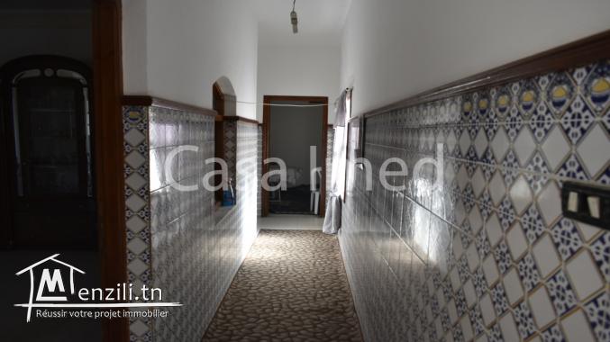 Maison 3 étages située à manouba –oued ellil  R