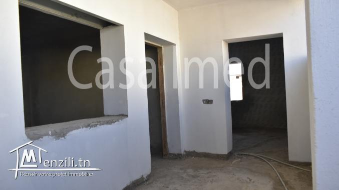 une villa 2 étages innachevée à jardin d'el menzah 1