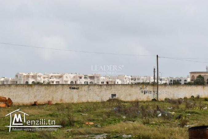un superbe terrain à 1km de Yasmine Hammamet (birlobita)