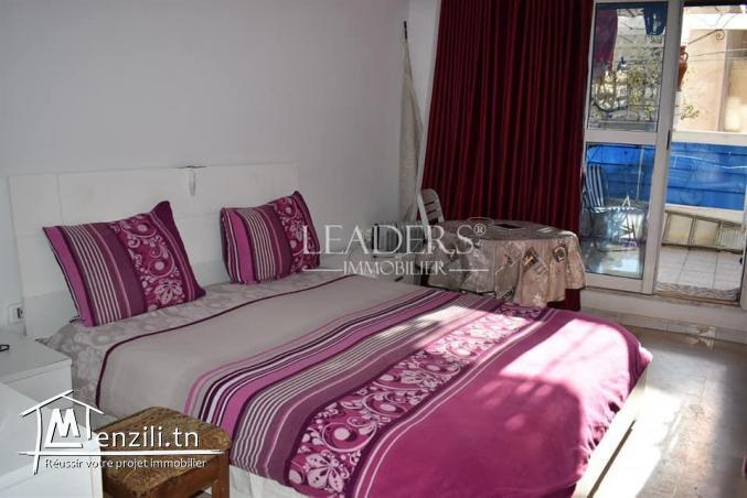 un #appartement S+2 de 80 m² occupe le 1er étage