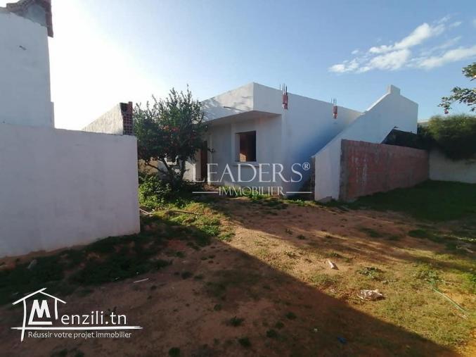 une #maison inachevée située à #Hammamet à 10 mn de centre ville.