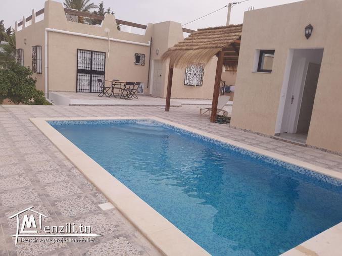 villa avec piscine L278