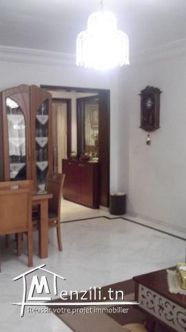 Salon et trois chambres