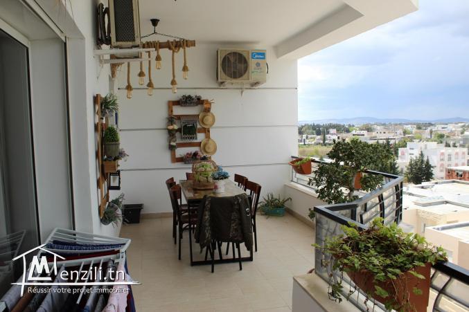 Appartement S+4 de 255 m² à La Soukra