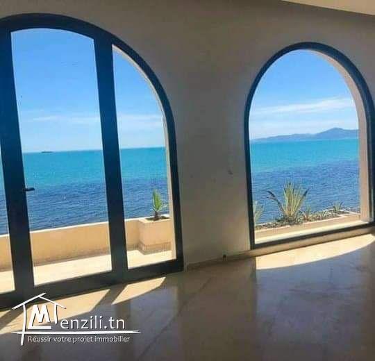 magnifique Villa pieds dans l'eau Carthage