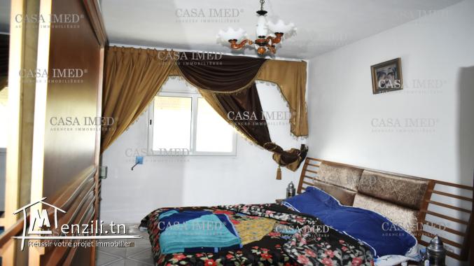 une grande villa 4 étage  située  à ibn khouldoun