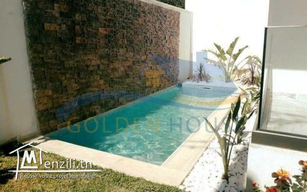 Duplex avec piscine tout neuf à La Marsa