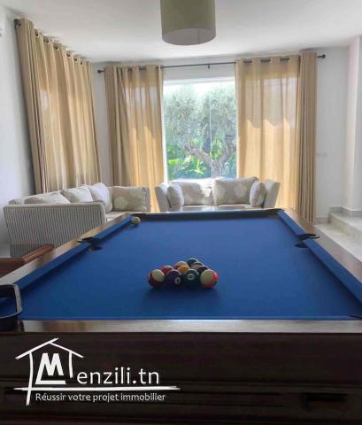 À louer une luxueuse villa S+5  pour les vacances à Yassmine hammamet