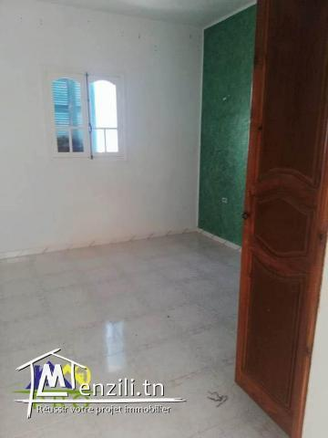 maison à l'étage à houmt souk