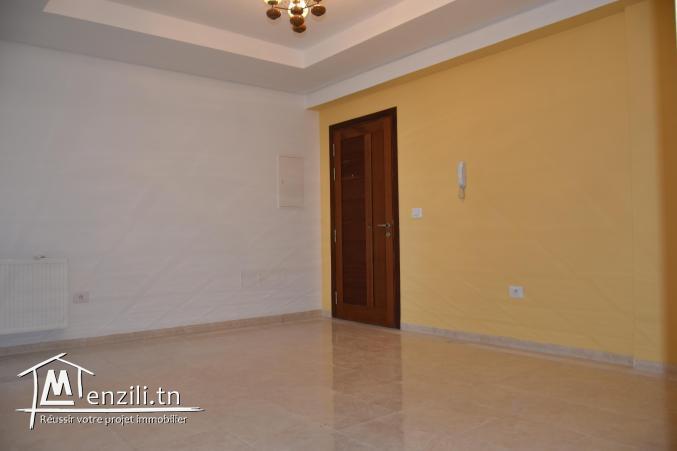 un mignon appartement s+2 en location à sahloul 4