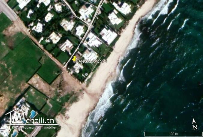 Mammoura plage à vendre un Bungalow 1 ère rangée s+2