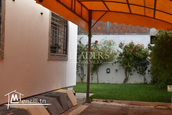 AV une belle villa S+4 située à AFH MREZGA