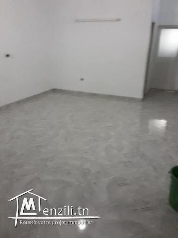 Maison sans meubles s+2 centre ville Hammamet