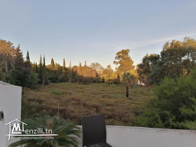 A vendre ou à louer Une belle villa avec piscine, El omrane ex France ville