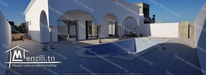 villa midoun avec piscine