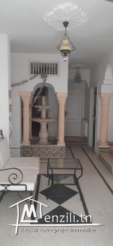 A louyer étage de villa à Radés