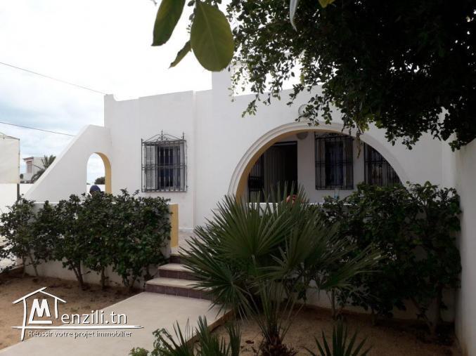 A vendre villa titre bleu proche de la mer Djerba
