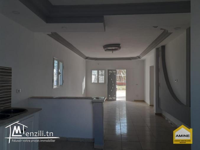 A vendre une petite maison neuve zone urbaine à Djerba Midoun