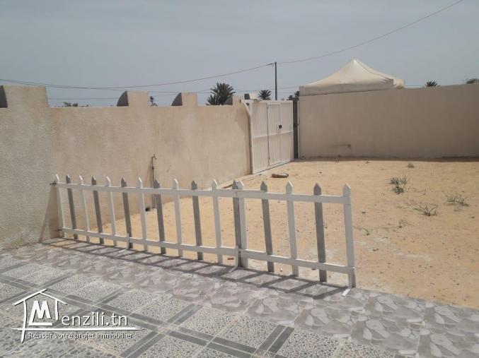 Maison (s+2) non meublée à louer à coté de la plage Seguia Djerba