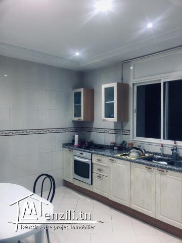 A louer appartement  Richement meublée a cité Ennaser 2