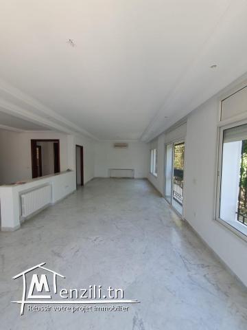 Villa S+5 à louer (Carpe Diem) La Marsa
