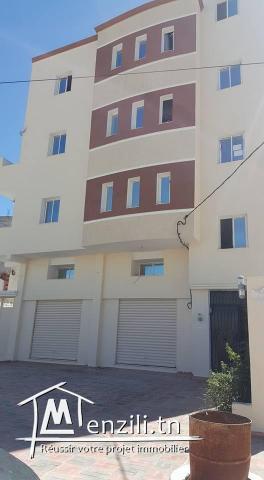 immeuble à vendre à bouhkzar