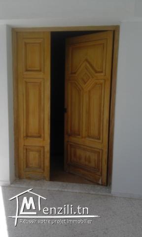 Villa avec garage  à vendre à SFAX