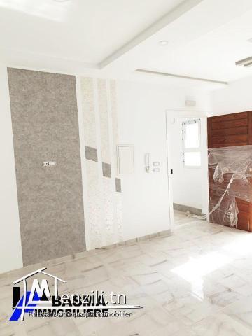 étage de villa S+3 à sahloul
