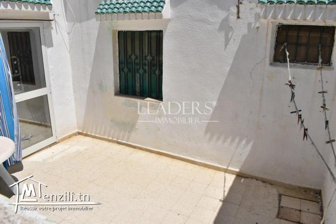 maison dans une zone stratégique à Hammam Lif.