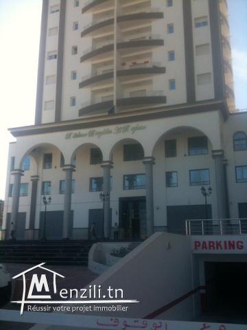 Un appartement de type S+2 meublés situé à Sousse centre-ville.