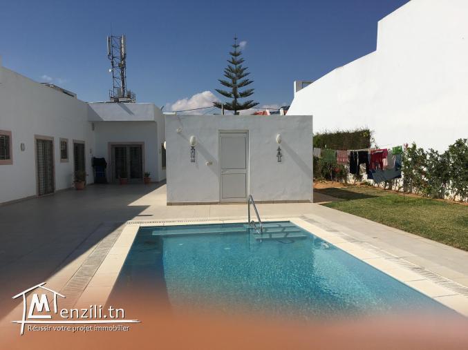 A louer Villa haut standing Sfax