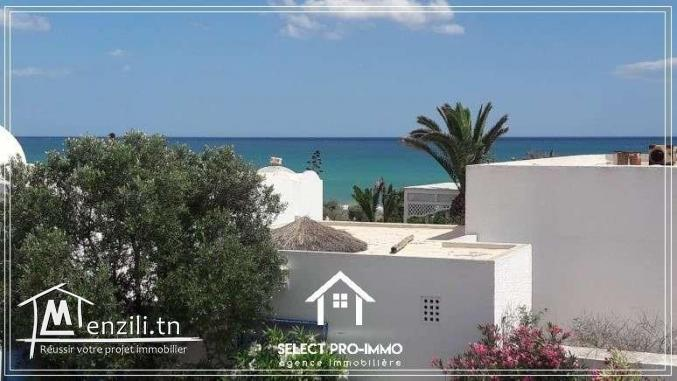 A louer aux vacances villa S+4 à Sidi Mahrsi - AA278