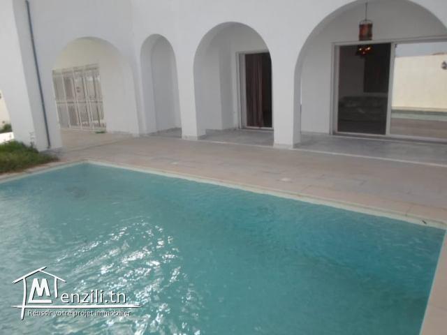 Villa CHEESE(Réf: L2255)
