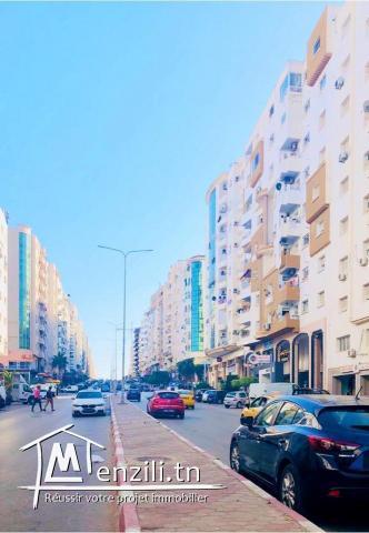 A vendre un très bel appartement S+2 à Ennasr