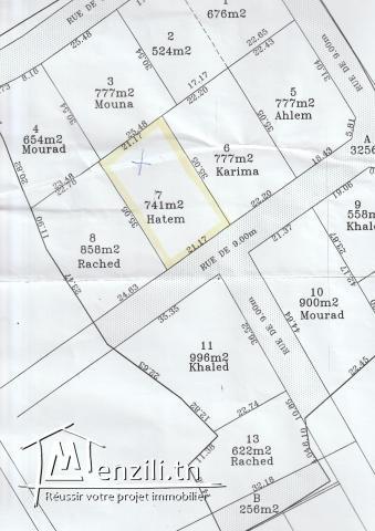 Terrain nu de 741 m² à Kharrouba Hammamet Nord