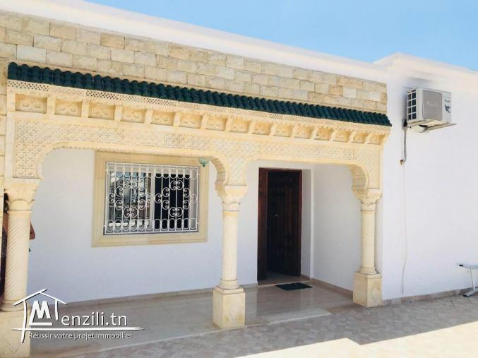 Un étage de villa en S+2 situé à Hammamet