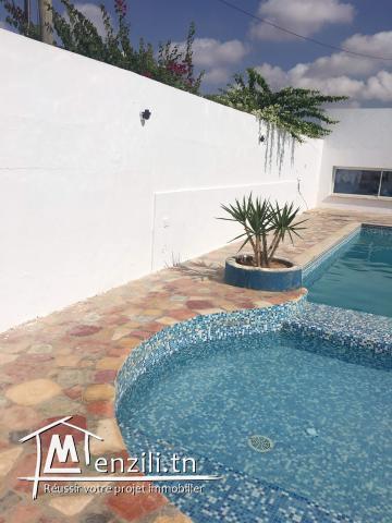 Villa à louer à rte sidi Mansour