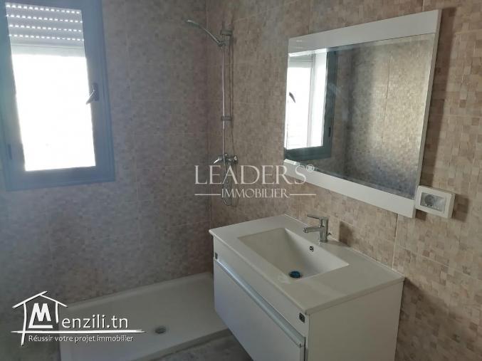 a vendre e Appartement vue sur mer de style S+3 en 2 ème étage
