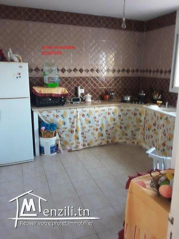 une villa 200m2  située à El Haouaria
