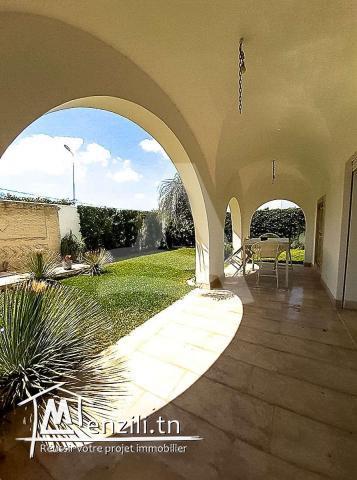 Location d'une villa avec piscine Gammarth Tunisie