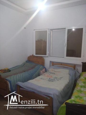 une maison à ariana de 166 m²