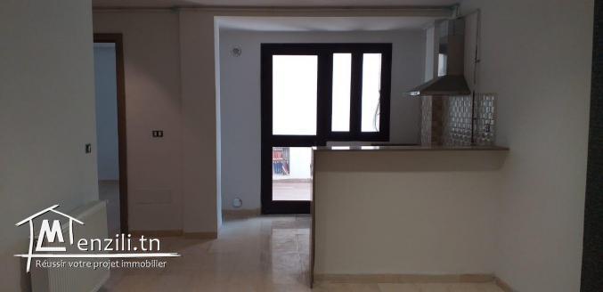 appartement de 70 m2 s+1  au  1 ères étage  A  la soukra