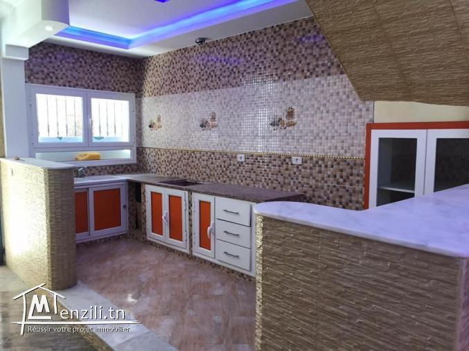 A vendre une belle maison à manzel Abed rahmen