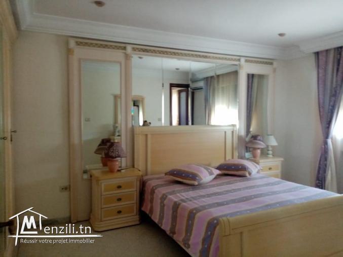 villa à vendre à l'aouina  sur 2 etages