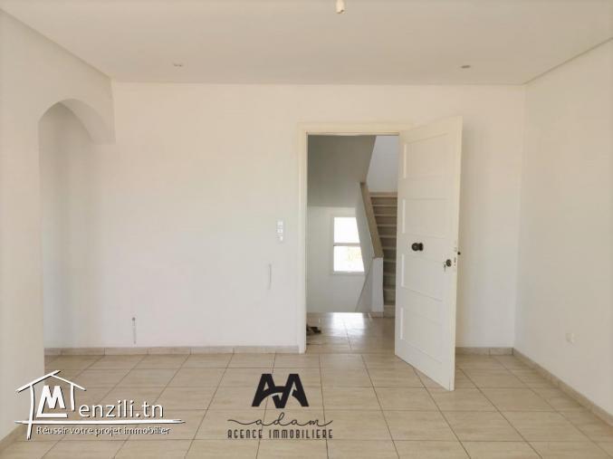 Appartement S+2 vide pour la location annuelle à Lido, Nabeul